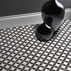 Circle Black Floor tile
